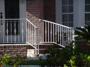 Railing With Baskets & Twisted Pickets