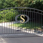 Wave Top Gate With Custom Initial