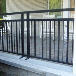 Open Top Railing With Alternating Simple Pickets