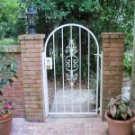 Arched Top Courtyard Gate